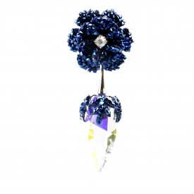 Orecchini Pendenti Con Fiore Pavè e Zanna di Cristalli Blu
