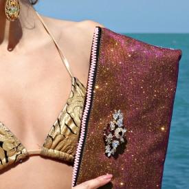 Caroline Bag - Zip-Clutch iridescente oro/burgundy con broche in cristalli